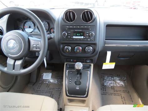 Jeep Patriot Dashboard 2012 Jeep Patriot Sport Slate Gray Light Pebble Beige