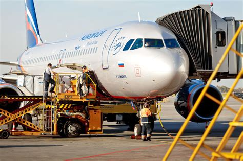 airfare alert new york la to russia dubai and elsewhere from 289 roundtrip view from the wing