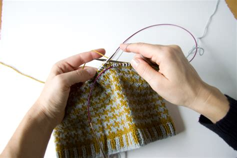 how to knit colorwork knitting techniques stranded colorwork tricksy knitter