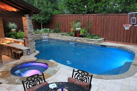 Backyard Renovation Ideas Dallas Tx Custom Pool Designers And Builders Swimming Pool Constuction
