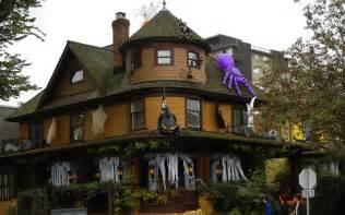 decorated houses halloween house thraam com