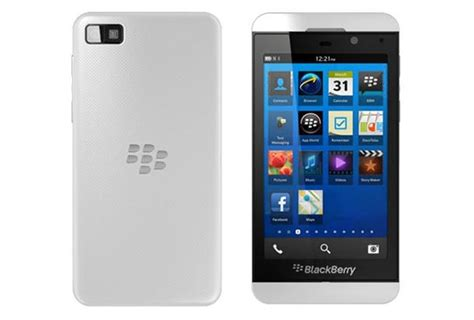 Hp Bb X10 white and black blackberry z10 photos leaked