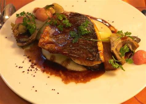 cuisine et d駱endance lyon best food in lyon travel guide on tripadvisor