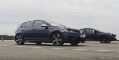 Auto Bild Golf R by Ford Focus Rs Vs Volkswagen Golf R Auto Bild