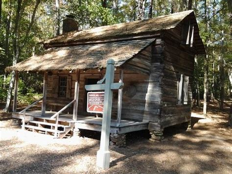 log cabin and trail picture of callaway gardens