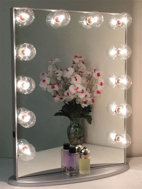 Where To Buy A Vanity Mirror by The 25 Best Ideas About Vanity Mirror On