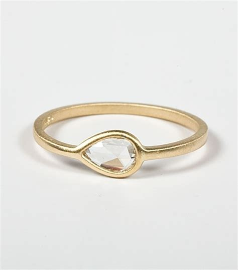 Simple Gold Ring Design by Ring Designs Simple Gold Ring Designs For