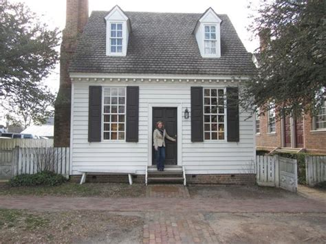 brick colonial house brick shop house colonial williamsburg picture of