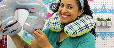 Make Your Own Travel Pillow by Vargas Wilsonc Crafty Gemini Creates