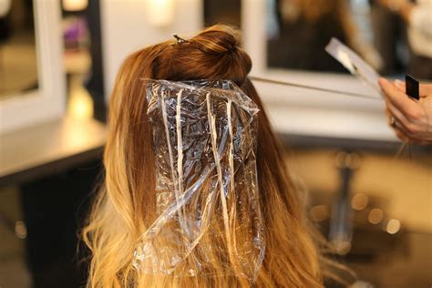 best hair stylist chicago best hair salon in chicago make an appointment color