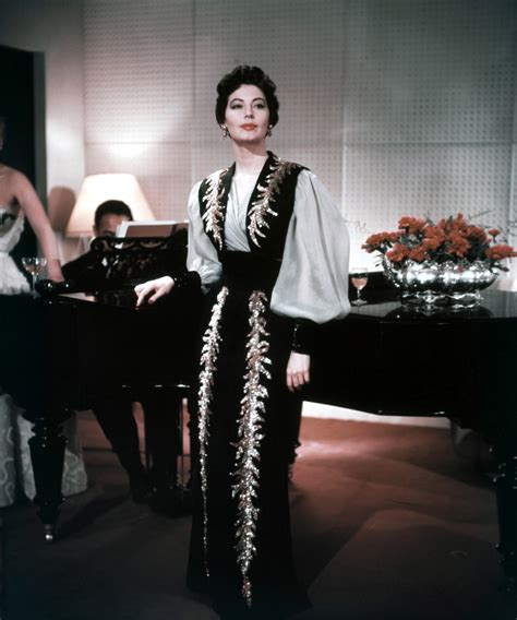 barefoot contessa fashion movies movie fashion ava gardner in the