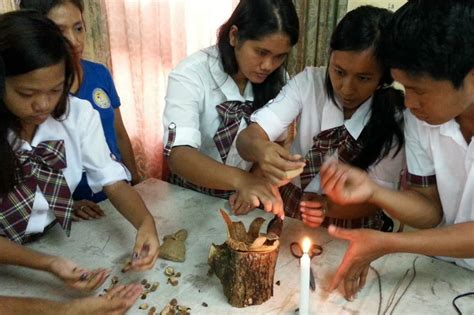 How To Make Handcraft - students with disabilities learn how to make handicrafts
