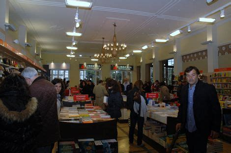 libreria mondadori viareggio le prime foto della nuova libreria mondadori al gran caf 232
