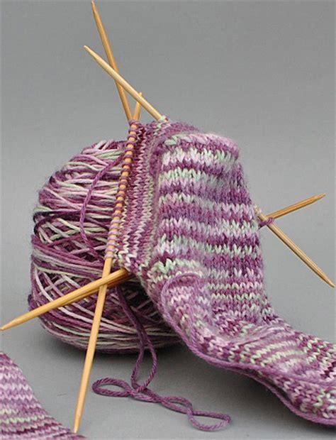 Shaping Socks sock pattern with toe shaping