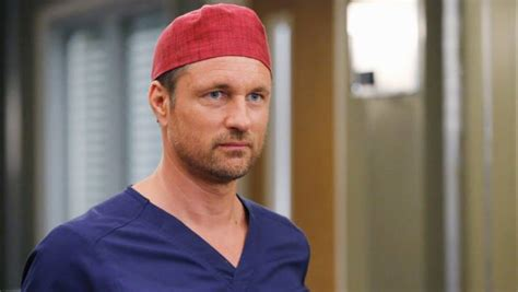 new zealand actor grey s anatomy new zealand s hollywood star martin henderson leaves grey