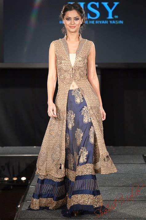 Sairah Syari Pink pakistan fashion extravaganza 2011 part 1