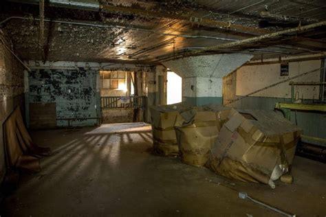 basement level abandoned textile mill photorator