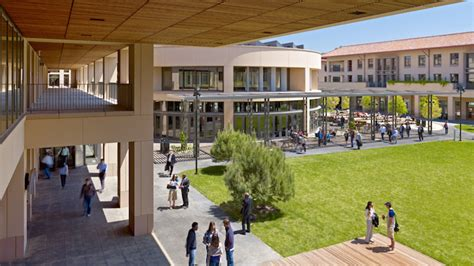 Stanford Graduate School Of Business Mba Eligibility by Gsb Seeks Diverse Undergrads