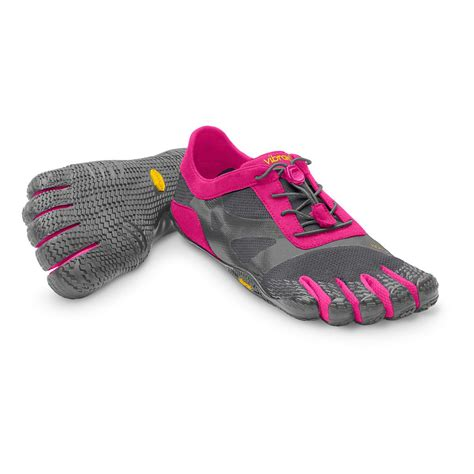 vibram womens shoes womens vibram fivefingers bikila evo running shoe at road