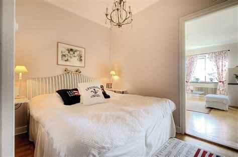 Small Square Bedroom Design Ideas 2013混搭风格简单温馨90后女生家居客厅连卧室装修效果图片 设计本装修效果图