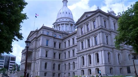 who elects house of representatives mich house of reps elects new leadership team