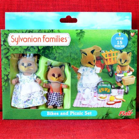 Sylvanian Families Bikes And Picnic Set 17 best images about sylvanian families on toys laundry cart and dollhouse miniatures