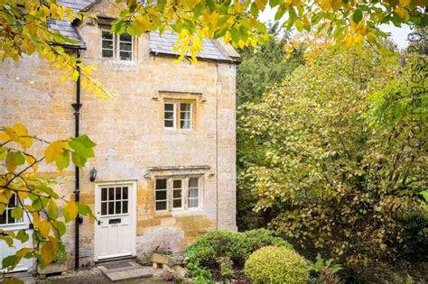 Blockley Cottages by Primrose Cottage To Rent In Blockley Character Cottages
