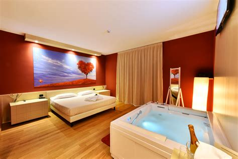 motel bergamo con vasca idromassaggio sweet motel motel bergamo con camere a tema