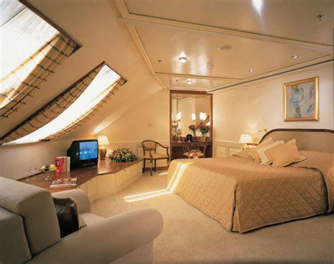 cruise ship bedroom luxury cruise bedroom luxuryy com