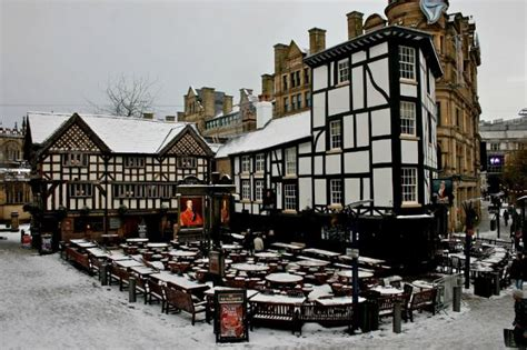 the 10 most historic pubs in manchester