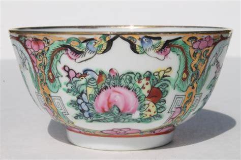 pretty mismatched porcelain rice bowls, soup bowls for