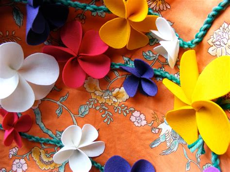Handmade Felt Flowers Tutorial - tutorial felt flower embellishments oh my handmade