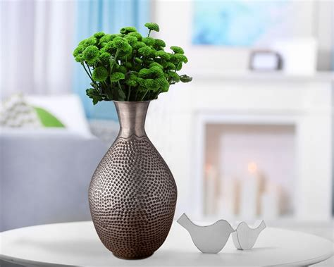 Large Floor Vases With Flowers Decorative Vases Stylish Accent Pieces For Your Interiors