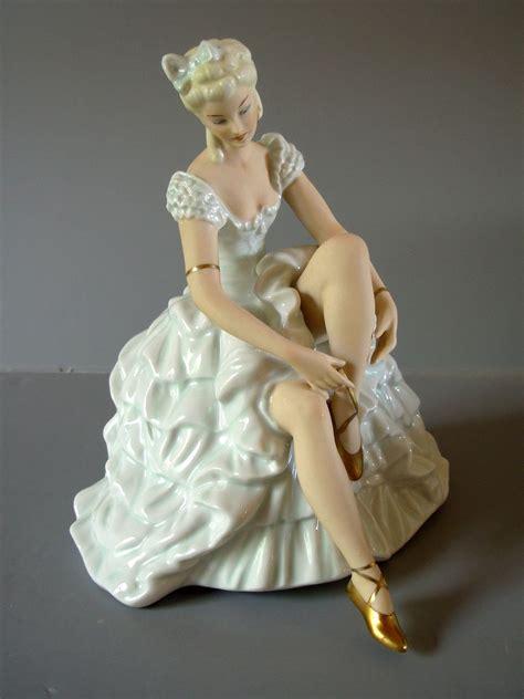 Deutsches Porzellan by German Schaubach Kunst Wallendorf Ballerina Figurine Our