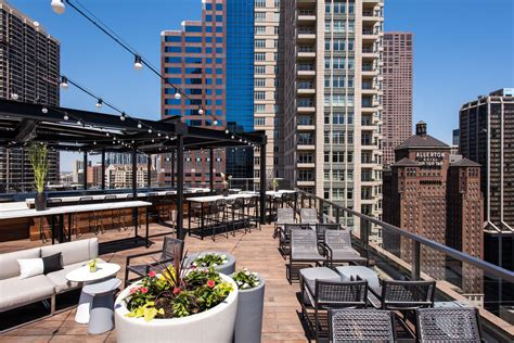 roof top bar chicago river north s new japanese rooftop lounge debuts off the