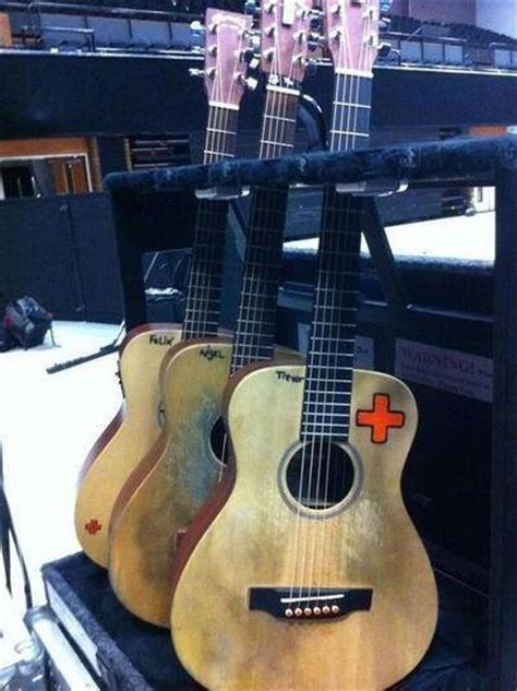 ed sheeran guitar ed sheeran guitars e d pinterest