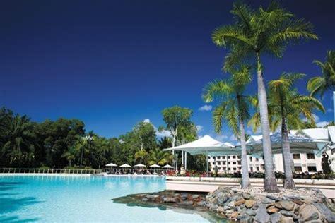 restaurants near sheraton mirage resort port douglas resorts