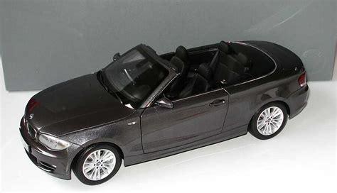 Bmw 1er Cabrio Modellauto by 1 18 Bmw 1er Cabrio E88 Sparklinggraphite Met
