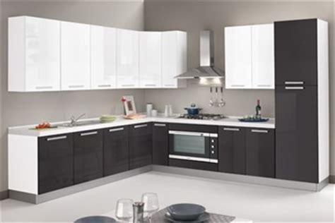 disposizione cucina ad angolo outlet disposizione cucina