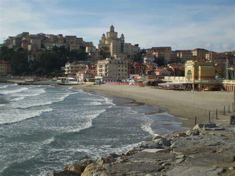 porto imperia imperia porto maurizio la spiaggia d oro liguria riviera