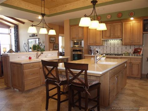 Oak Kitchen Ideas Pictures Of Kitchens Traditional Light Wood Kitchen Cabinets