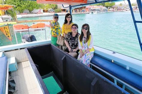 glass bottom boat boracay glass bottom boat boracay day tours filippinerna omd 246 men