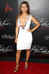 nia peeples at pretty little liars 100th episode