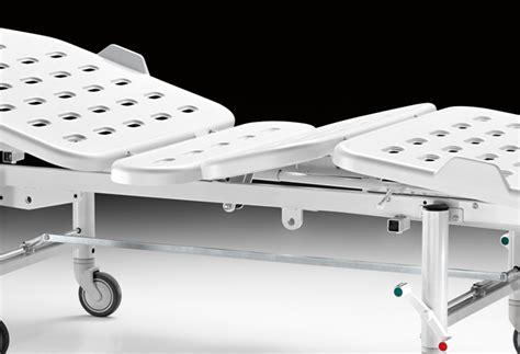 letto sanitario letto sanitario altezza variabile 3 snodi materassi