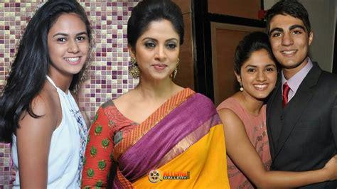 heroine samantha husband photos actress nadhiya family photos with husband daughters