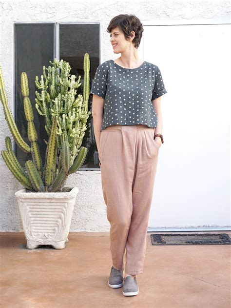 pattern review style arc elle pant diy pleated pants review of the ebony pant pattern by