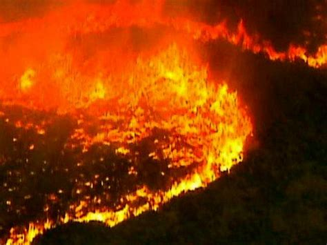 risings risks australia bakes  insurers  wise     climate change reports