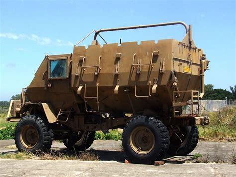 Hummer Boots Husky Army file buffel armoured personnel carrier 9673155629 jpg