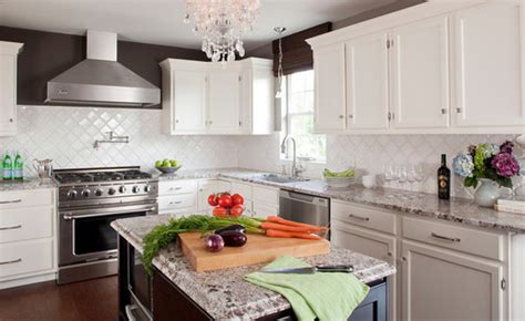 builder grade oak kitchen cabinets how did you paint the builder grade oak cabinets
