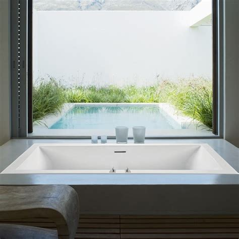 low profile bathtub bathtubs choosing the perfect bathroom tub